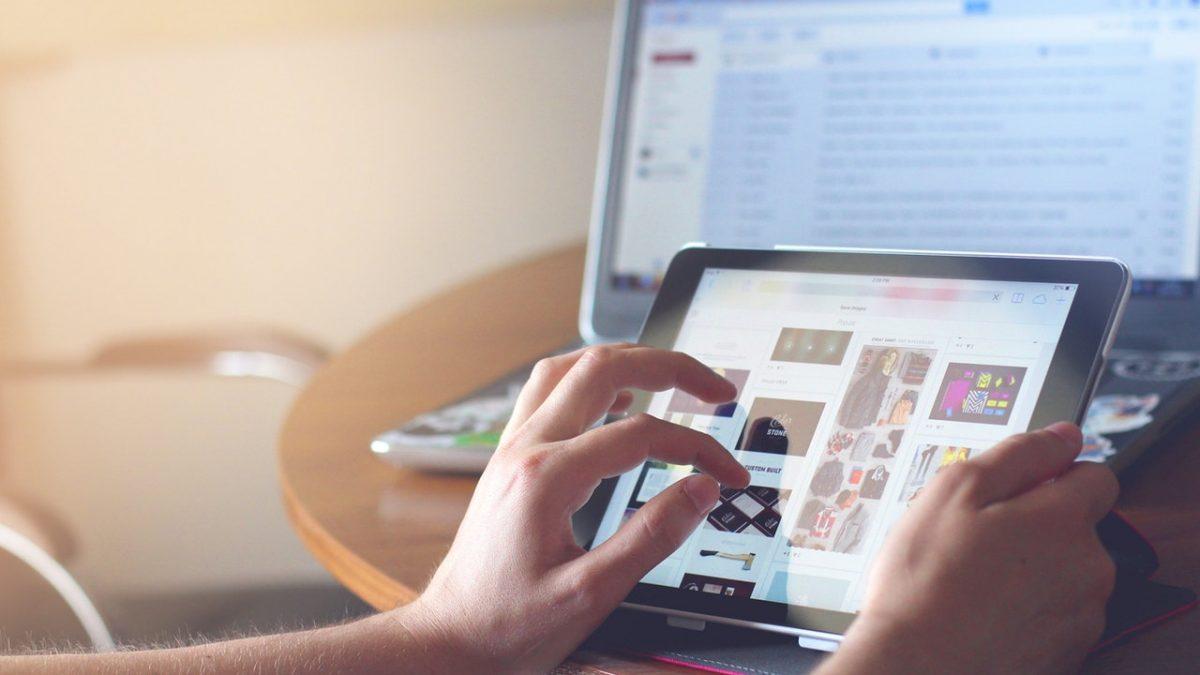 Świat stawia na e-zakupy